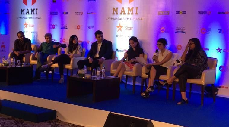 Salim-Javed和以色列电影制片人Amos Gitai在孟买电影节享受尊重