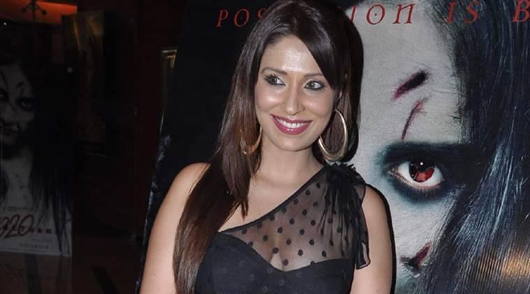 前'Bigg Boss'参赛者Pooja Missra攻击购物店工作人员