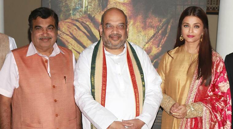 amit shah,nitin gadkari unvesil aishwarya rai bachchan的'sarbjit'电影海报